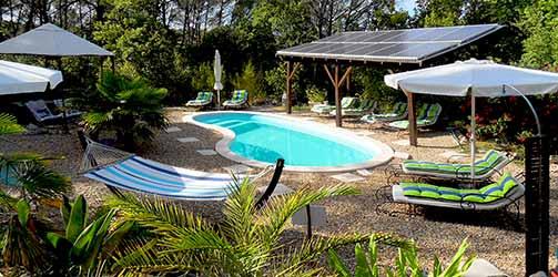 La maison d uzs hotel beautiful awesome hotel la maison d for Auberge jeunesse de saguenay la maison price